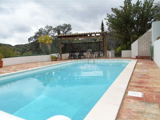 House 3 Bedrooms › Santa Catarina Da Fonte Do Bispo