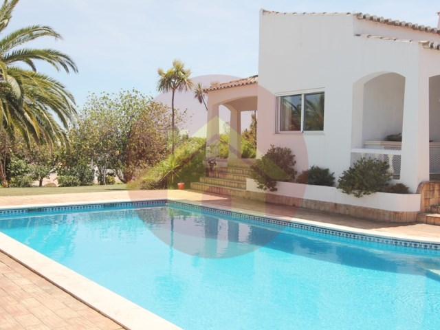 4 Bedroom Villa-Sale-Mexilhoeira Grande-Portimão, Algarve