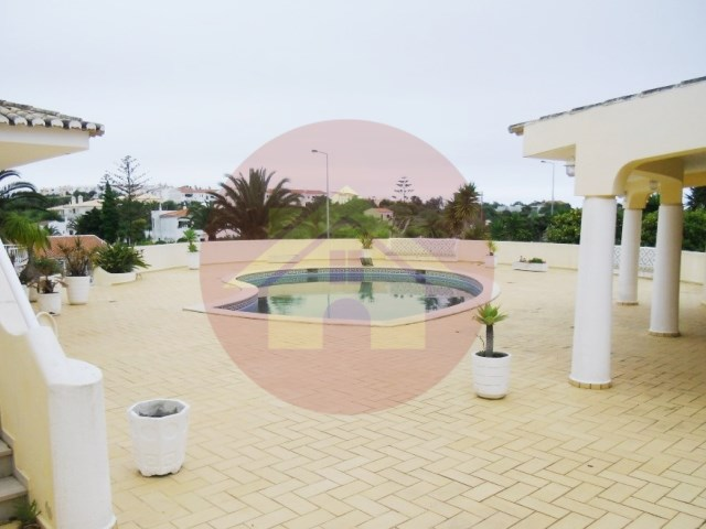 4 bedroom villa-apartment for sale-Praia da Luz-Lagos, Algarve