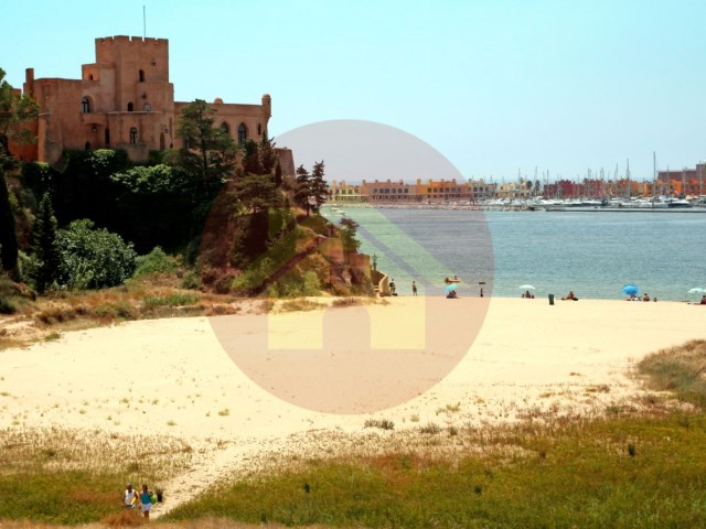 The beach plot of land-sale-Ferragudo, Lagoa, Algarve