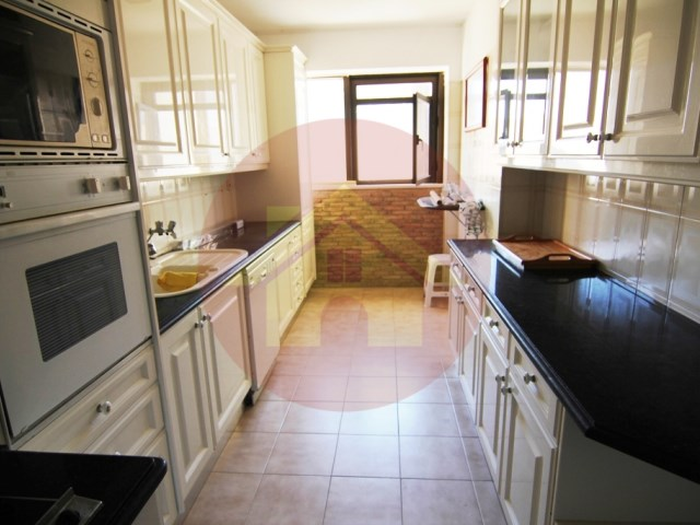 Apartment-for sale-Praia da Rocha-Portimão, Algarve