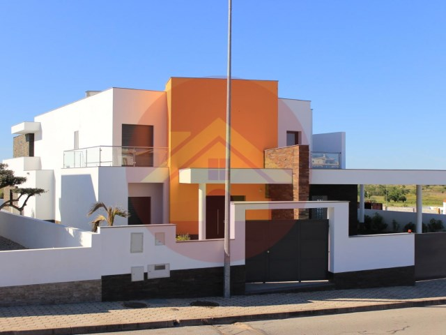 4 Bedroom Villa-Sale-Silves, Algarve