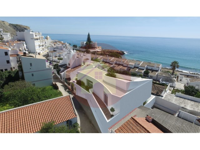 4 bedroom villa-for sale-Praia da Luz-Lagos, Algarve