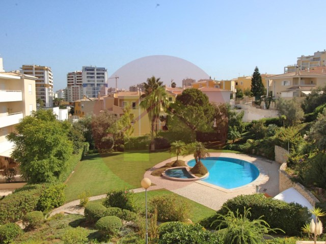 3 bedroom apartment-to sell-Portimão, Algarve