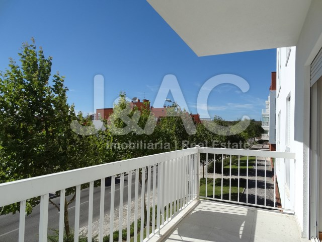 Great Apartment In Porto Salvo Oeiras, Balcony Room