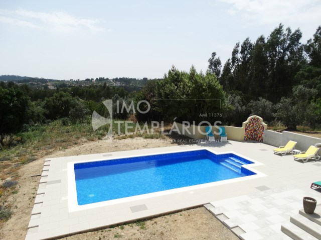 Villa 5 bedrooms with pool in Olalhas, Tomar