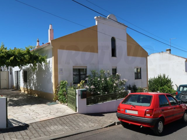 House 4 Bedrooms › Santiago do Cacém, S.Cruz e S.Bartolomeu da Serra