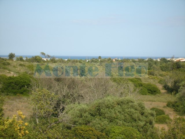 40.680m2 of land with sea view
