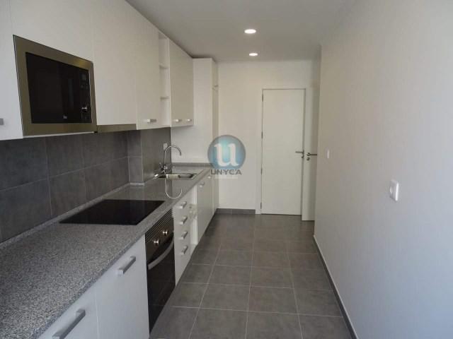 dc53038c253a2 Apartment, 2 Bedrooms, Amadora › Mina de Água
