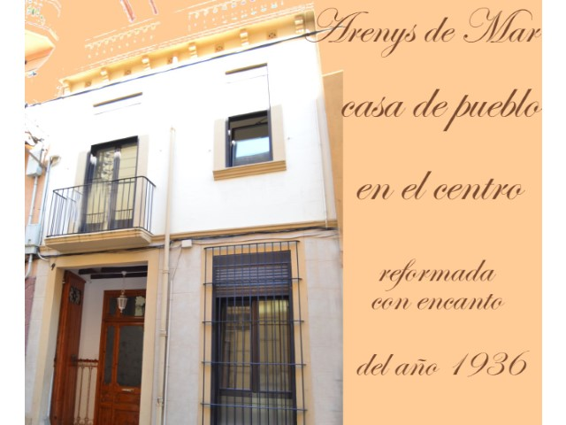 Arenys De Mar, near the Church, House of people, 4 bedrooms, 3 bathrooms, house built in 1936 with 140 square meters on two floors.