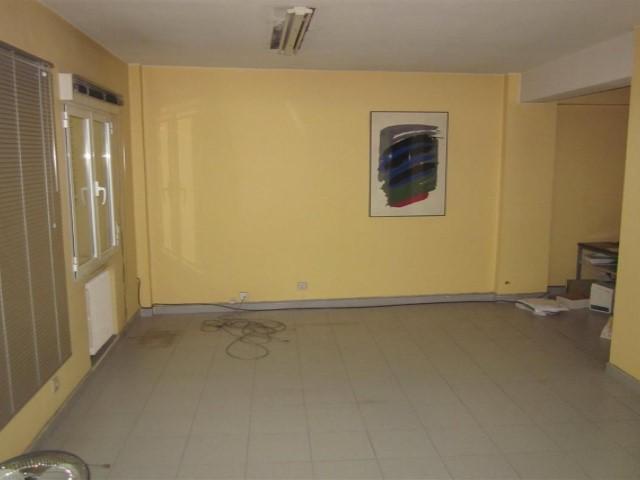 Oficina oviedo o 1040 agencia inmobiliaria martinez - Oficinas telecable oviedo ...