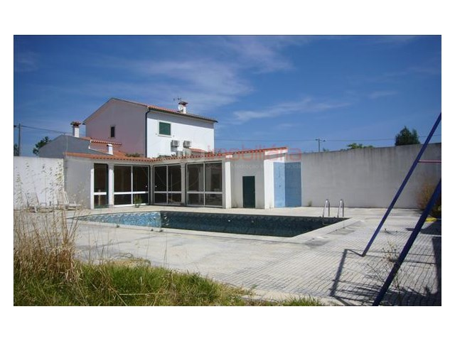 House › Cartaxo | 4 Bedrooms | 4WC