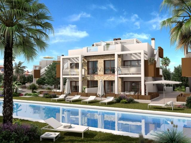 Apartamentos Tipo Bungalow Con Jardin O Con Terraza Atico