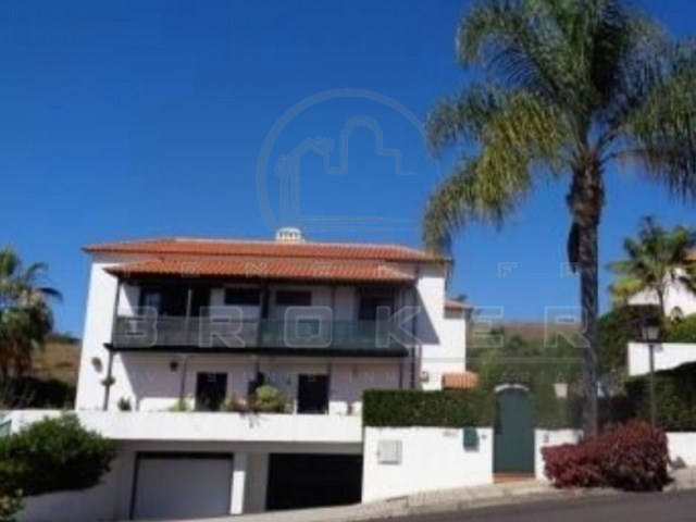 4 Bedroom Semi Detached House With Spacious Sunny Terraces Garden And Huge Garage Tenerife Broker Immobiliare Appartamenti E Ville A Tenerife Ch1222