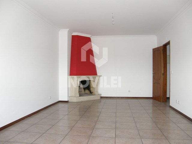 2 bedroom apartment, top floor of the plateau area