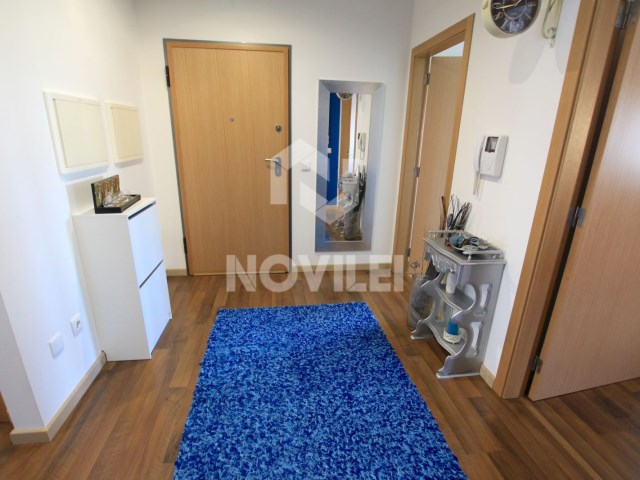 Apartment 3 bedrooms Semi-new in building six residents