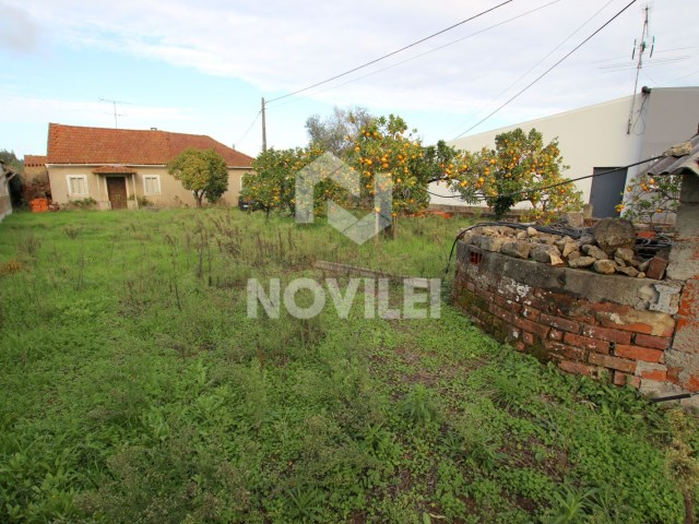 Detached house 3 bedrooms with 900 m 2 of land with well