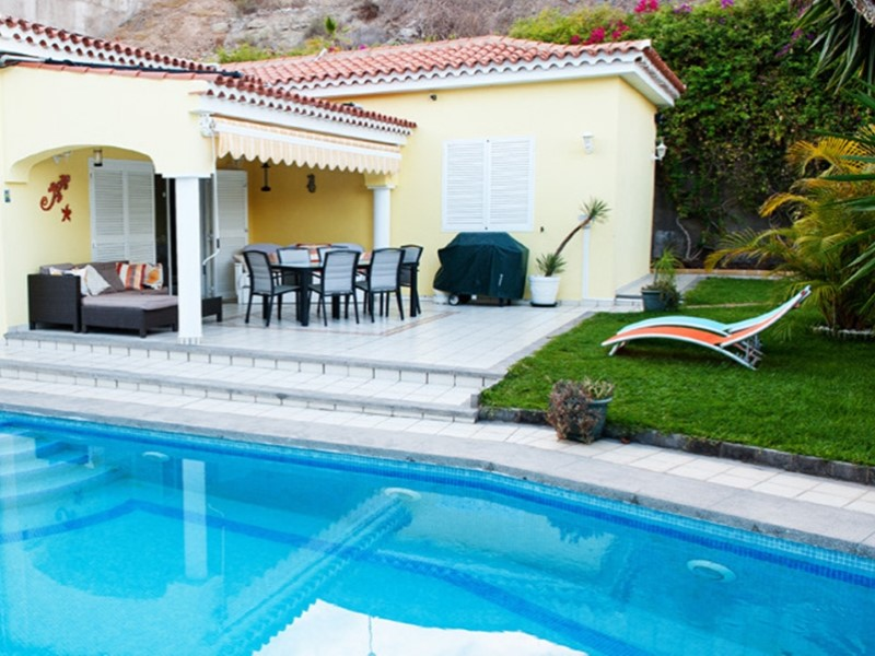canaryhouse, real estate, agency in Gran Canaria