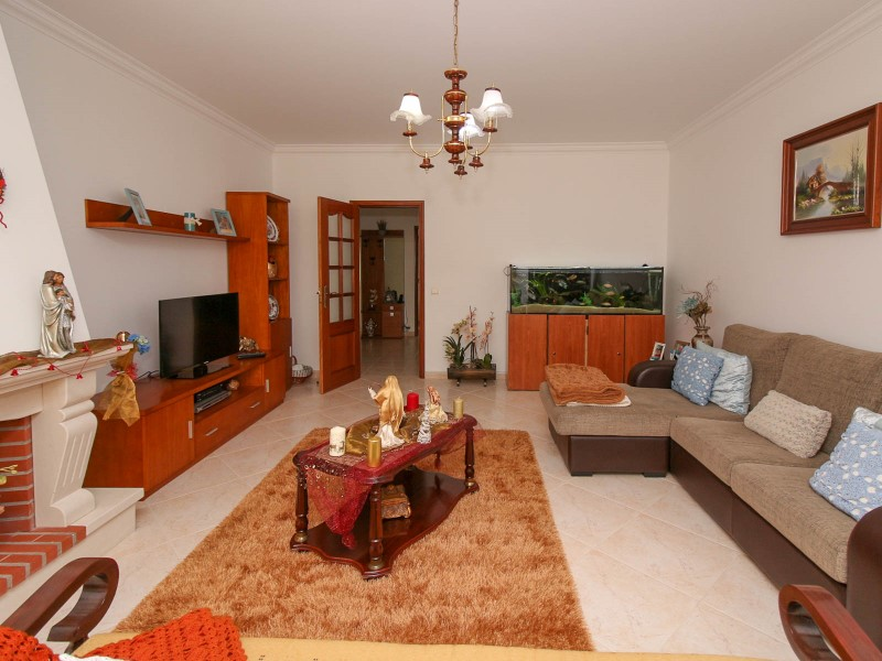 Apartment T4 with superb Area in the Centre of Rotterdam, for sale