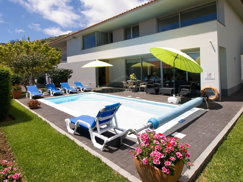 Four bedroom detached house for sale Arco da Calheta