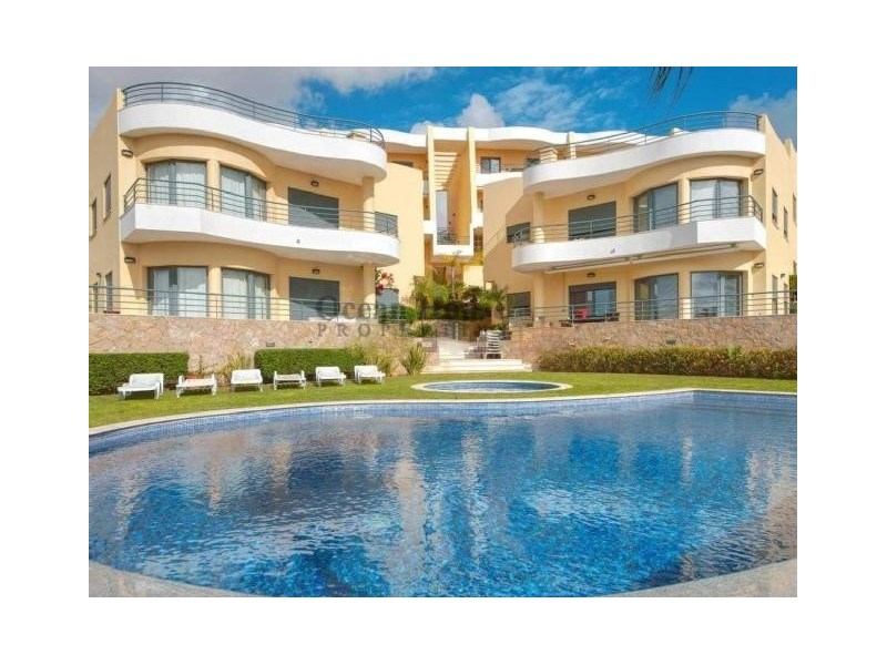 Excellent Luxury 2 bedroom Apartment with fantastic Sea View in Albufeira, Algarve.