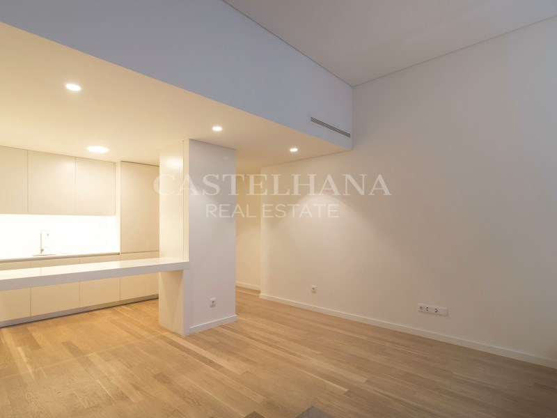 2+1-Bedroom apartment, AV. da Liberdade, Living Room