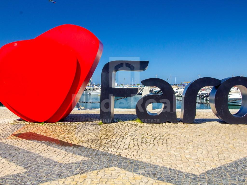 T3 Moradia in Faro (Sé e São Pedro) (23)