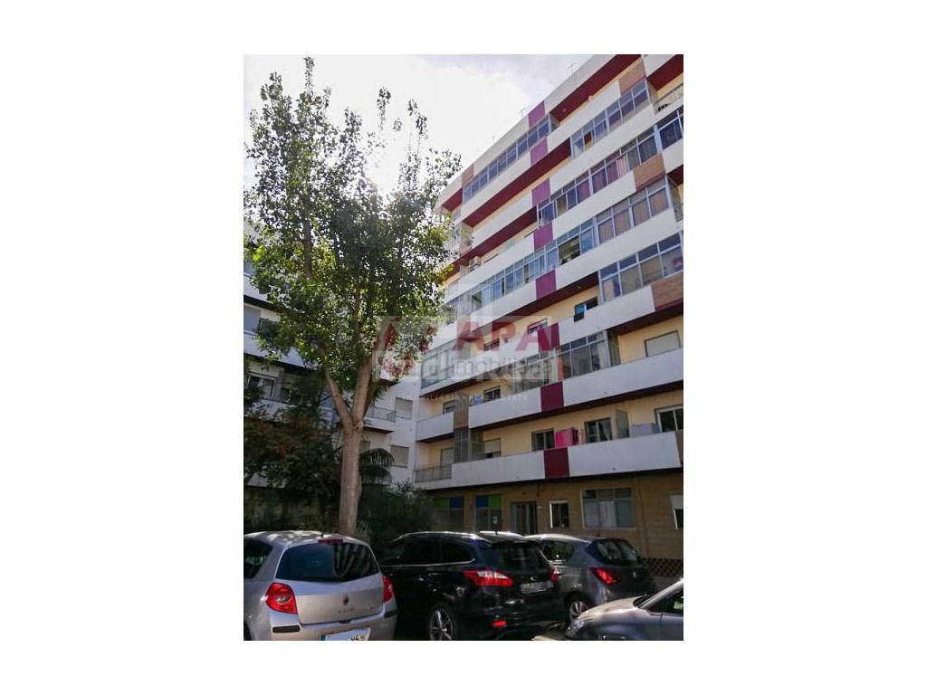 2 Bedrooms Apartment in Faro (Sé e São Pedro) (16)
