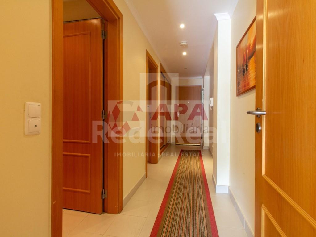 1 Bedroom + 1 Interior Bedroom Apartment in Albufeira e Olhos de Água (16)
