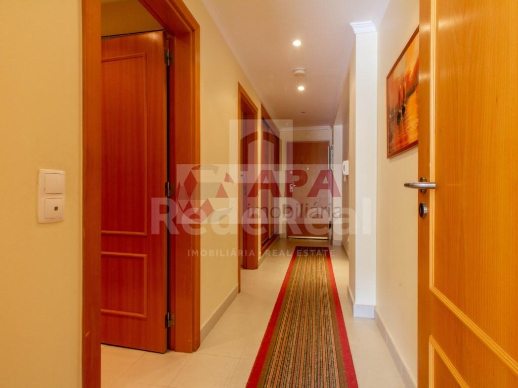 1 Bedroom + 1 Interior Bedroom Apartment in Albufeira e Olhos de Água (12)