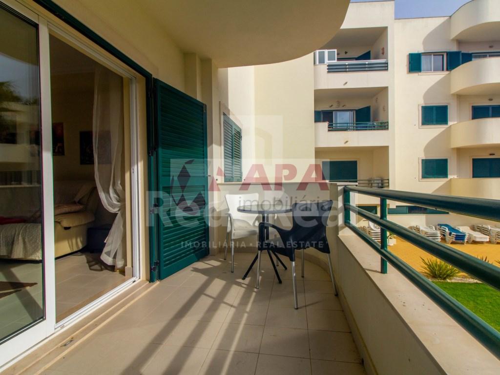 1 Bedroom + 1 Interior Bedroom Apartment in Albufeira e Olhos de Água (3)