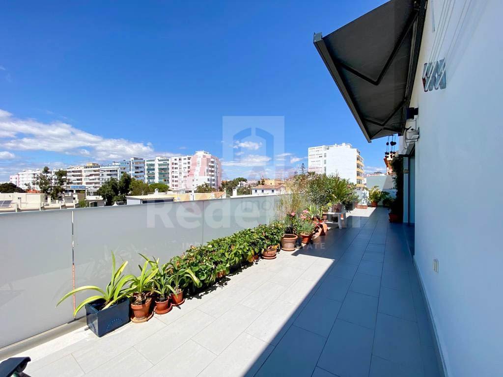 2 Bedrooms Apartment in Centro, Faro (Sé e São Pedro) (2)