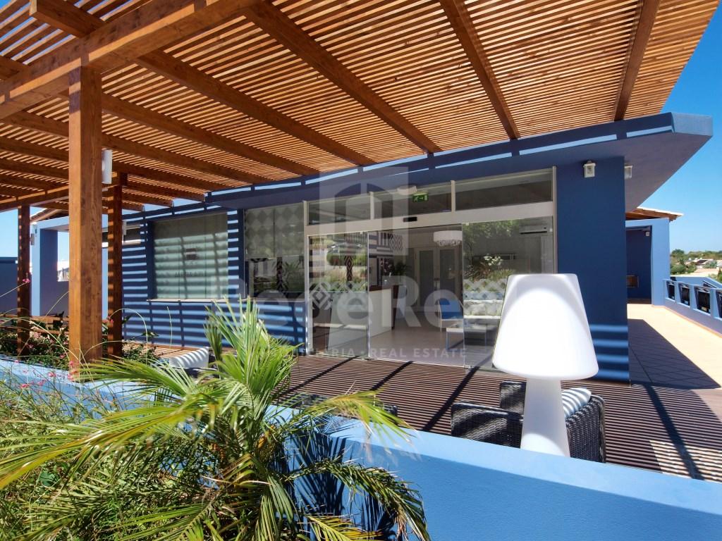 1 Bedroom + 1 Interior Bedroom House in Luz (5)