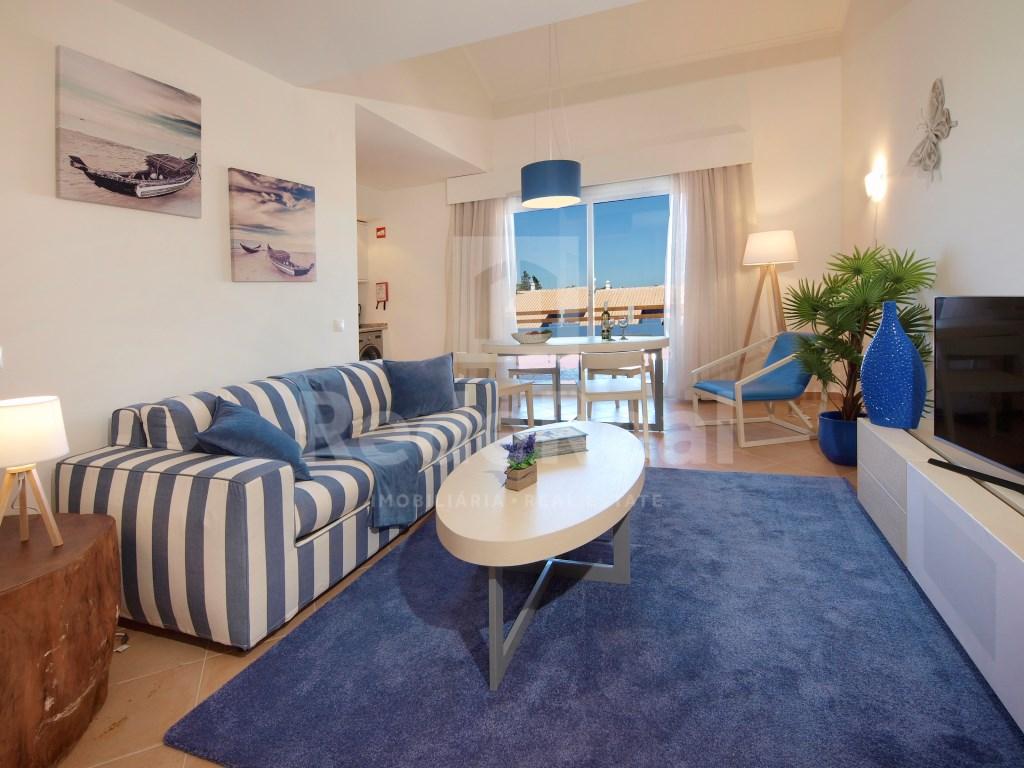 1 Bedroom + 1 Interior Bedroom House in Luz (24)