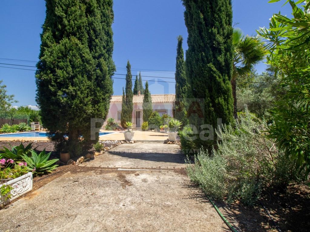 T3+1 Moradia in Moncarapacho e Fuseta (30)