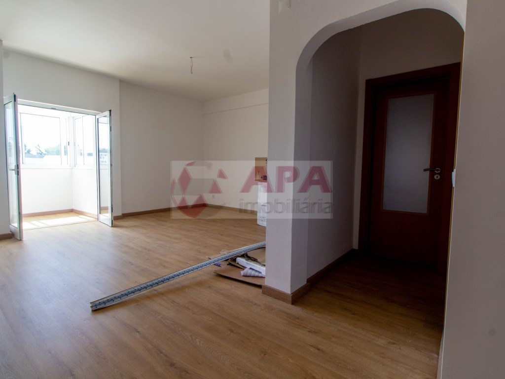 T3 Apartamento in Quelfes (4)