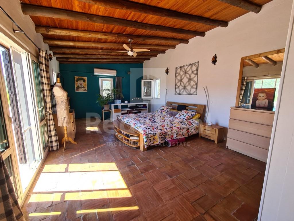 3 Pièces + 1 Chambre intérieur Maison in Loulé, Loulé (São Sebastião) (31)