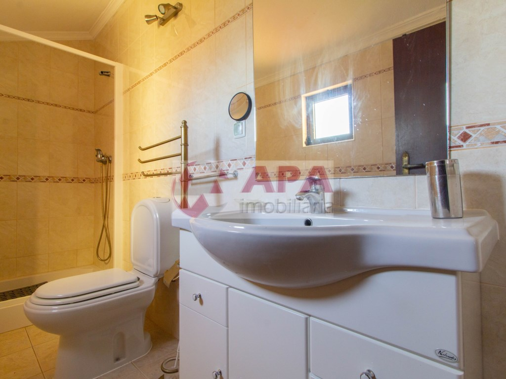 4 Pièces + 1 Chambre intérieur Maison in Albufeira e Olhos de Água (19)