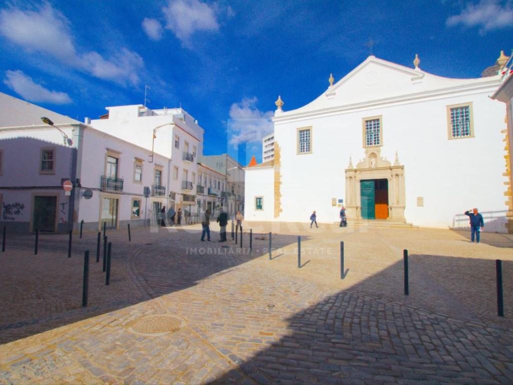 Moradia in Faro (Sé e São Pedro) (30)