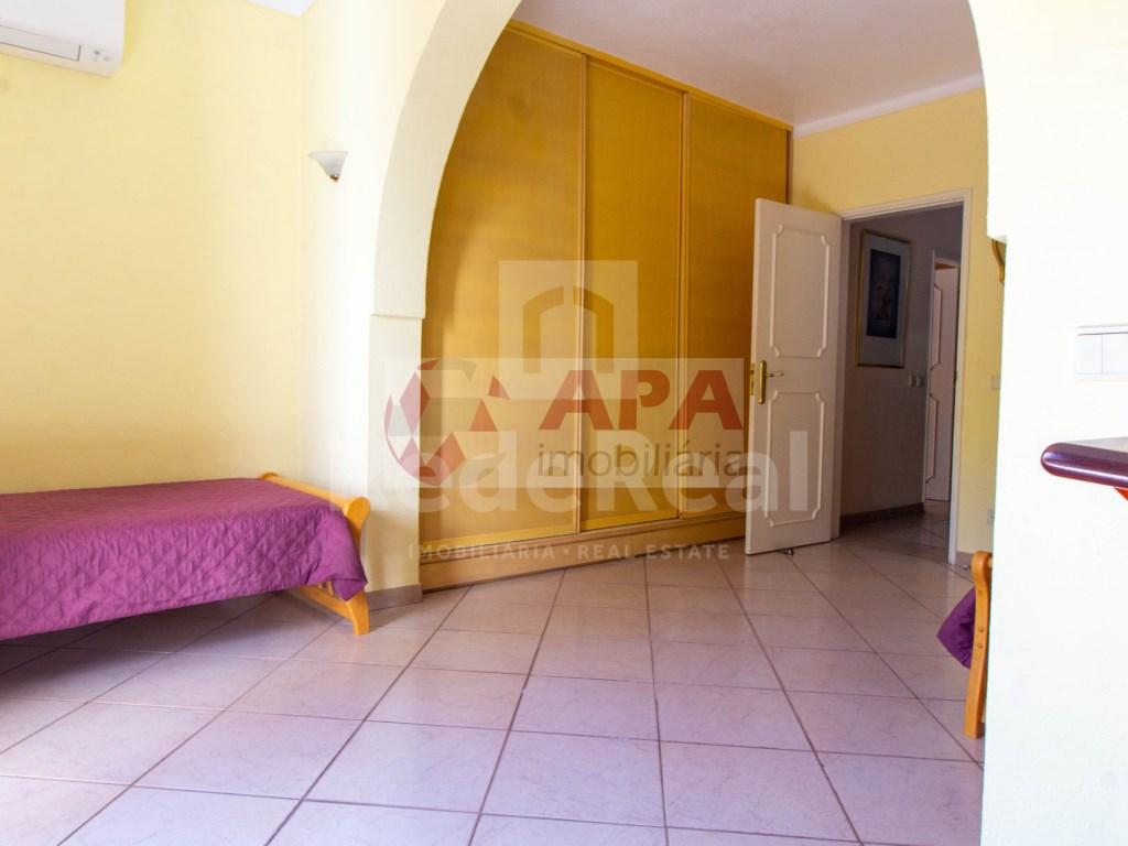 T3 Apartamento in Quarteira (14)