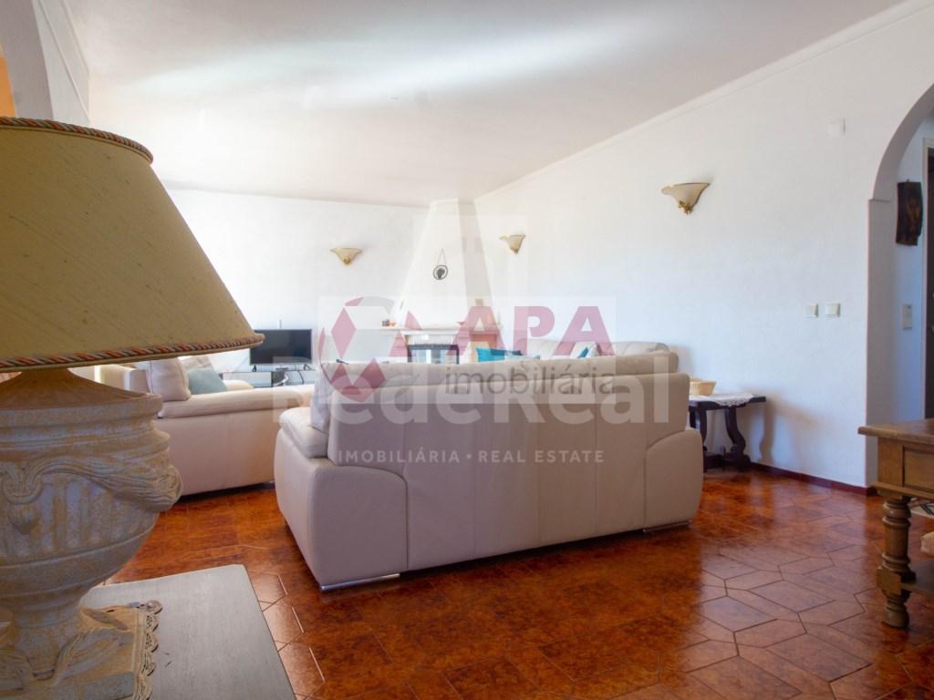 T3 Apartamento in Quarteira (21)