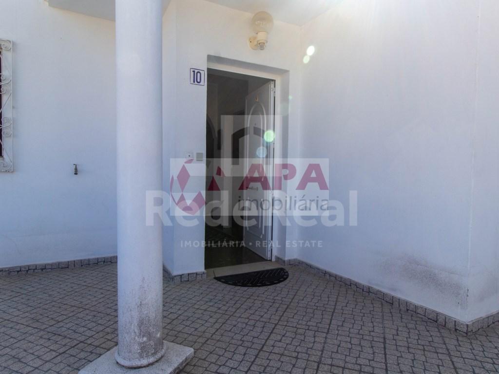 T3 Apartamento in Quarteira (30)
