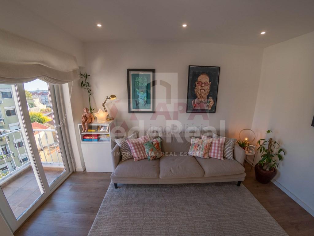 T2 Apartamento in Campolide (5)