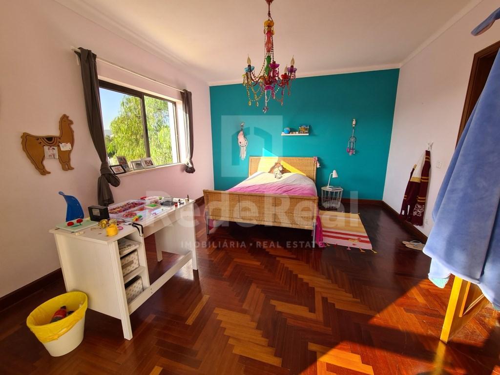 6 Pièces + 2 Chambres intérieures Maison in Santa Bárbara de Nexe, Santa Bárbara de Nexe (31)