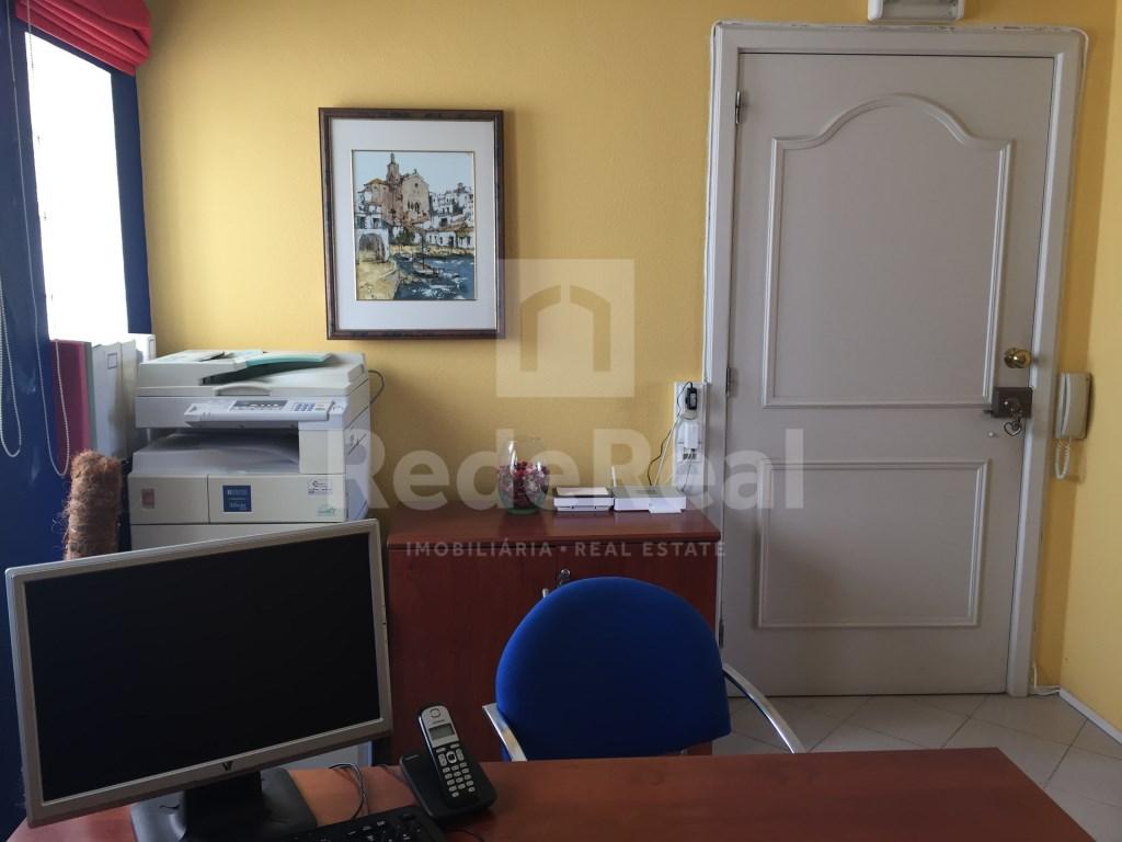Bureau in Faro (Sé e São Pedro) (9)