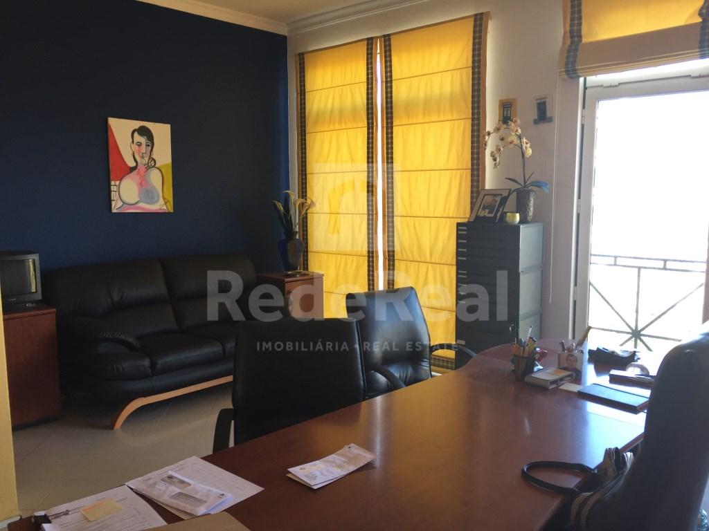 Bureau in Faro (Sé e São Pedro) (10)