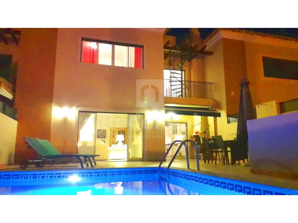 5 Pièces Maison Jumelée in Santa Bárbara de Nexe, Santa Bárbara de Nexe (4)