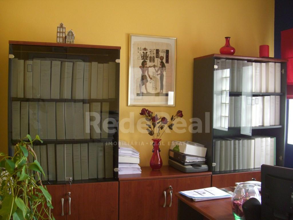 Bureau in Faro (Sé e São Pedro) (3)