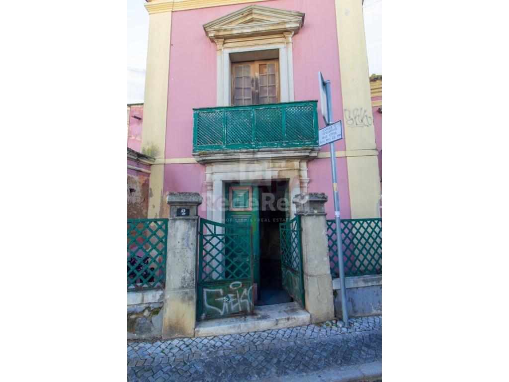 Building in Faro (Sé e São Pedro) (10)
