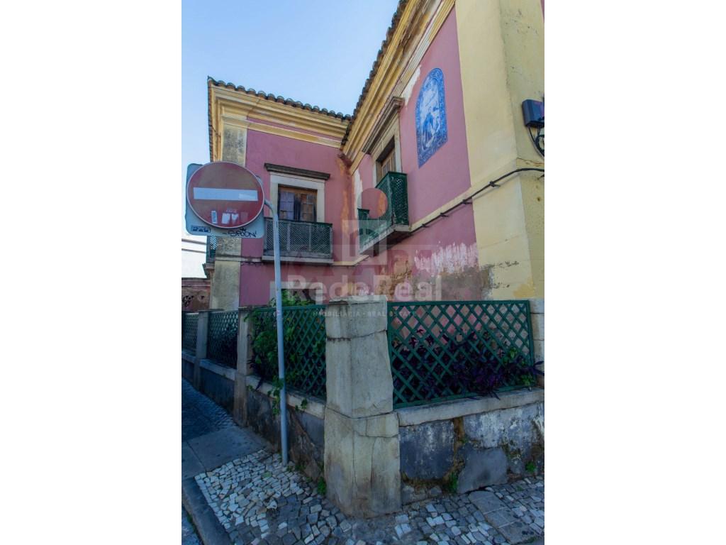 Building in Faro (Sé e São Pedro) (12)